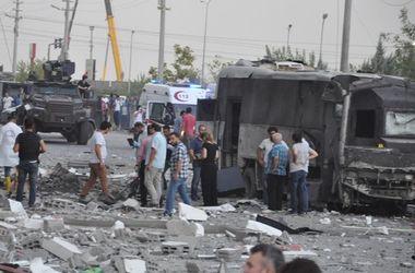 Курды подорвали бомбу у турецкой больницы, 50 раненых