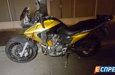 В Киеве насмерть разбился мотоциклист