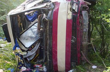 Число жертв аварии с автобусом в Крыму достигло семи