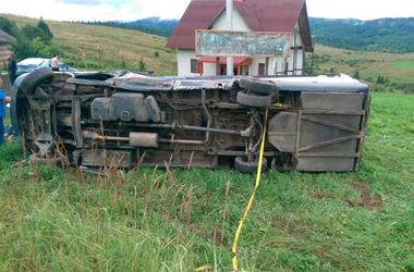 На месте аварии. Фото: lv.npu.gov.ua.