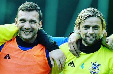 Шевченко поблагодарил Тимощука за карьеру в сборной Украины