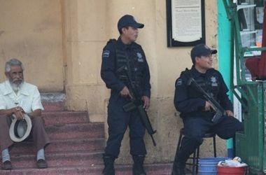 У здания правительства штата Мексики найдены расчлененные тела