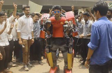 Индийский студент создал костюм Железного человека
