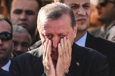 Сторонники Гюлена хотели убить Эрдогана на операционном столе