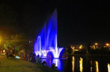 В Киеве на Русановке появится еще четыре светомузыкальных фонтана