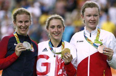 Британка Тротт стала олимпийской чемпионкой в омниуме на соревнованиях по велотреку