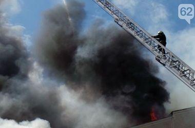 В центре Донецка сгорел офис экс-губернатора Донецкой области