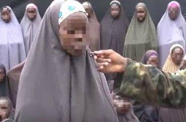 Плен любви не помеха: похищенная школьница скучает по мужу-террористу