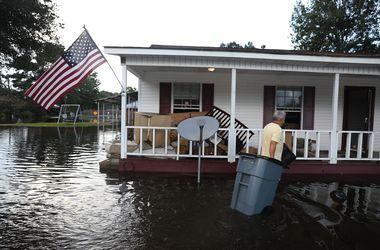 В Луизиане число погибших в результате наводнений возросло до 13 человек