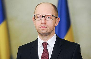 Яценюк назвал слабыми европейских политиков, которые заговорили о снятии санкций с России