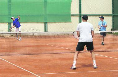 Теннис в Днепре: этот спорт отлично подойдет желающим похудеть