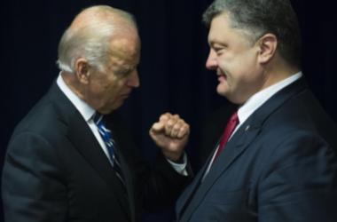 Порошенко и Байден подчеркивают важность продолжения усилий с целью выполнения Россией Минских договоренностей