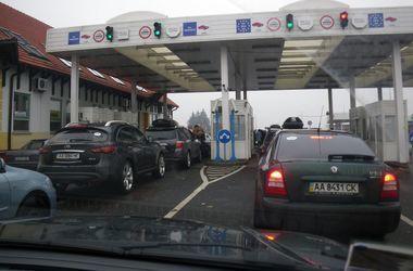 На границе с Польшей застряли сотни машин