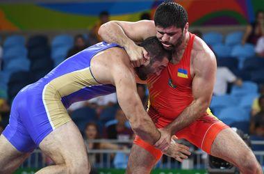Украинский борец Засеев проиграл чемпиону Европы на Олимпиаде-2016