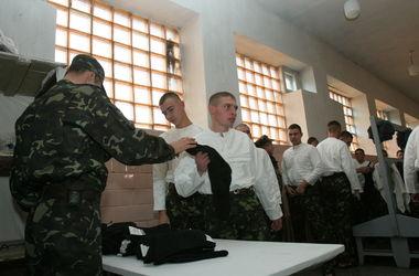 Украинцы получат повестки: кого и когда заберут в армию в 2016-м