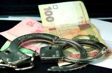 В Киеве лже-полицейские ограбили иностранца