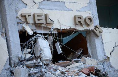 Число жертв землетрясения в Италии возросло до 250