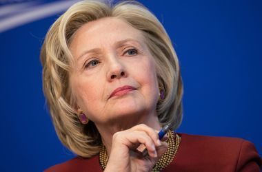 Хиллари Клинтон ознакомилась на секретном брифинге с материалами разведки США