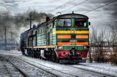 Украинцы из-за бедности меняют авто на поезда и самолеты