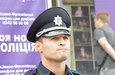 Полицейские Кривого Озера не будут уволены, а пройдут дополнительное обучение - Фацевич