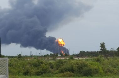 В США взорвалась ракета Falcon 9