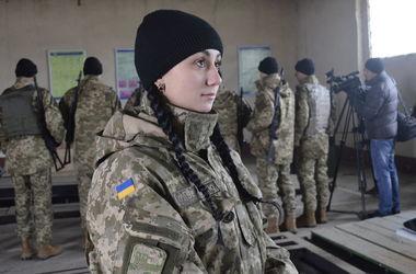 В Украине стремительно растет количество женщин-военнослужащих