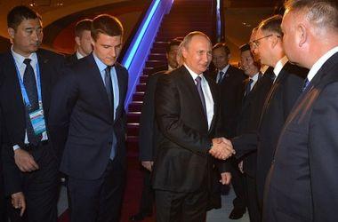 """Путин прибыл в Китай на саммит """"Большой двадцатки"""" и надеется на диалог с Обамой"""