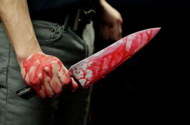 В Житомире мужчина пытался зарезать жену в супермаркете