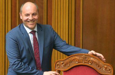 Парубий: Россия создала в Украине СМИ для информационной войны