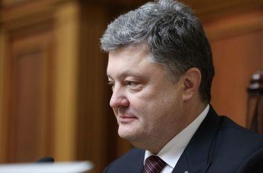"""Порошенко призвал украинцев объединиться: """"Это вопрос жизни и смерти"""""""