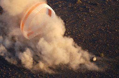 Невероятные фото: экипаж МКС благополучно вернулся на Землю