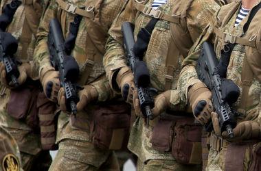 Под Киевом солдат расстрелял авто командира