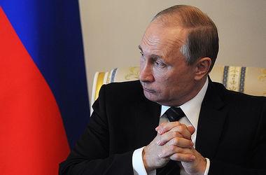 Путин уволил еще одного своего чиновника