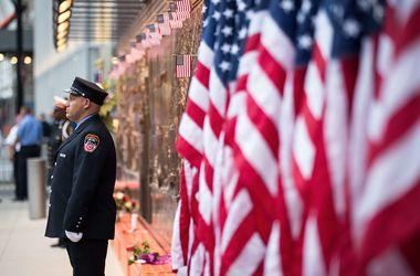 США вспоминают жертв терактов 11 сентября