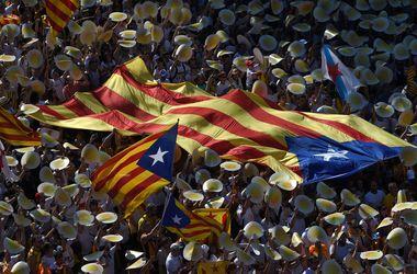 Более полумиллиона каталонцев вышли на улицы в поддержку независимости от Испании
