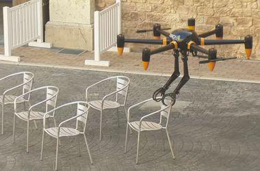 В Японии построили дрон с клешнями