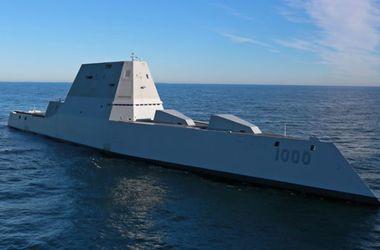 В США спустили на воду новейший ракетный эсминец