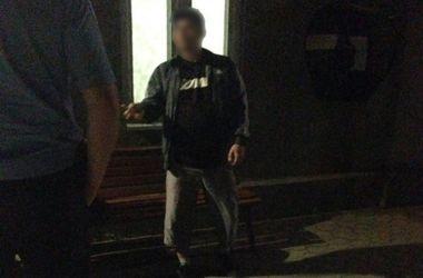 На Закарпатье трое мужчин изнасиловали беременную девушку