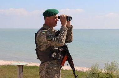 Житель Крыма пытался доплыть к жене на материк