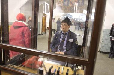 В Киеве на центральной станции метро начинается ремонт эскалатора