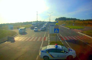 На границе Украины и Польши возник огромный затор