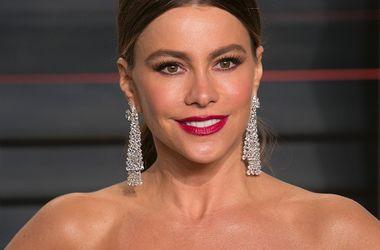 44-летняя София Вергара названа самой высокооплачиваемой актрисой телевидения - Звездные новости - За последние 12 месяцев ее заработок составил $43 млн