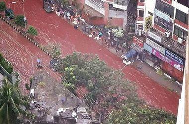 """Улицы Бангладеш залиты реками """"крови"""""""