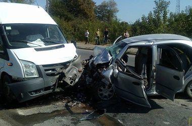 Жуткое столкновение в Галиче: двое погибших и три человека в больнице