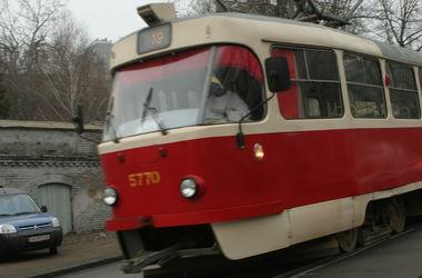 В Киеве в нескольких районах не ходили трамваи