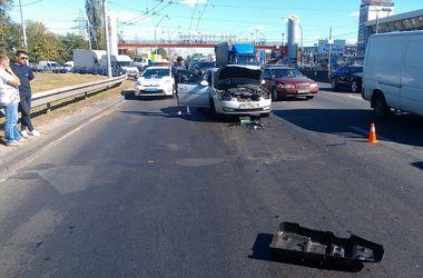 В Киеве в ДТП пострадала беременная девушка
