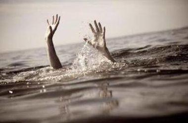 Во Львовской области из озера достали мертвую женщину