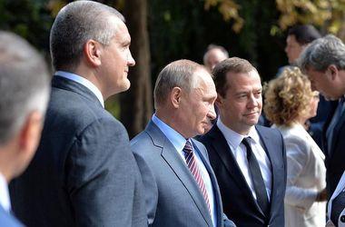 """Путин рассказал, сколько денег Россия """"закатала"""" в Крым"""