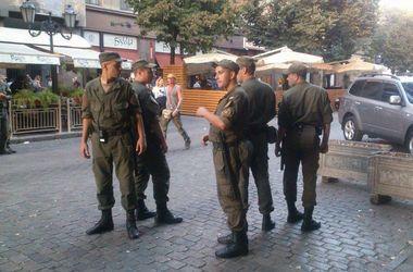 В Одессе после столкновения болельщиков семерых человек задержали