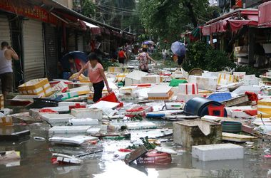 """В Китае уже 28 человек стали жертвами тайфуна """"Меранти"""""""